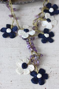 oya crochet flower motif necklace