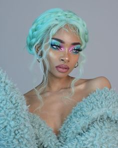 The Dreamiest Pastel Makeup Looks to Energize Your Spring Style Neon Hair, Blue Hair, Pastel Green Hair, Lilac Hair, Gray Hair, White Hair, Pastel Makeup, Aesthetic Hair, Hair Reference
