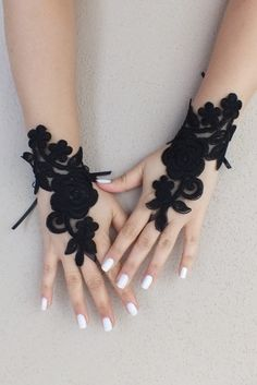 goth gothic lace black Wedding gloves, Party gloves, bridal gloves fingerless gloves  french lace vampire free ship