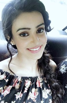 Girls Dp, Hot Girls, Ankita Sharma, Hiba Nawab, Tv Actors, South Indian Actress, Cute Faces, Beauty Queens, Stylish Girl