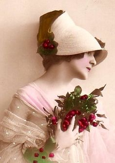 The Sum Of All Crafts: image collection-women (hats) Photo Postcards, Vintage Postcards, Vintage Pictures, Old Pictures, Madeleine Vionnet, Decoupage, Foto Art, Vintage Crafts, Vintage Christmas Cards