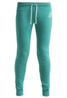 Nike Sportswear Rally Pantalón De Deporte Emerald Green Sail pantalones Sportswear Sail Rally pantalon Nike Green Emerald deporte Noe.Moda