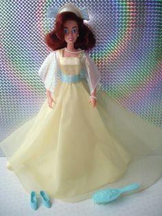 2ff0fdb6c91b Galoob 1997 Anastasia Dream Waltz Doll - Original Dress Shoes Hairbrush  Tiara   eBay