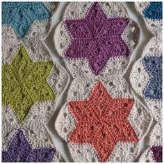 Atty's : Pattern/Photo Tutorial Star Blanket Tutorial for Crochet, Knitting. Crochet Afghans, Crochet Stars, Crochet Motifs, Crochet Quilt, Knit Or Crochet, Crochet Blanket Patterns, Crochet Crafts, Crochet Projects, Free Crochet