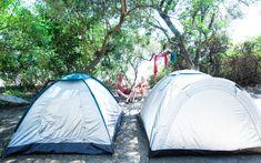 """Camping Lichnos Bay . Wat en fijne plek . Lekker onder de olijfbomen en pal aan zee.Griekenland was de bestemming in de eerste paar jaar dat ik """"alleen"""" op vakantie ging. Ik vond het fa…"""