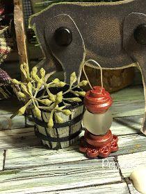 Miniature Crafts, Miniature Houses, Diy Dollhouse, Dollhouse Miniatures, Christmas Ornament Crafts, Humming Bird Feeders, Wood Glue, Miniture Things, Fairy Houses