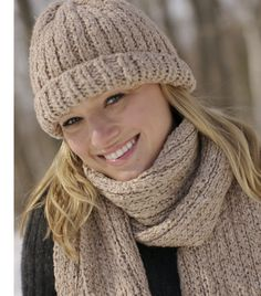 Loom knitted Ribbed Hat and Scarf Set