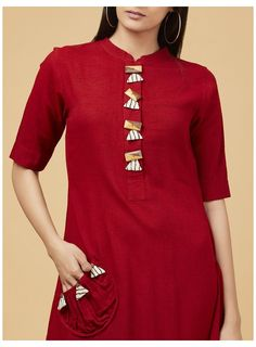 Plain Kurti Designs, Salwar Neck Designs, Simple Kurti Designs, New Kurti Designs, Kurta Neck Design, Dress Neck Designs, Kurta Designs Women, Kurti Designs Party Wear, Kurti Sleeves Design