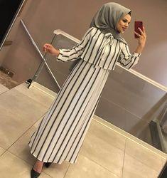 b dress # shirt # hijab Hijab Outfit, Hijab Style Dress, Hijab Chic, Islamic Fashion, Muslim Fashion, Modest Fashion, Fashion Dresses, Fashion Clothes, Modest Dresses