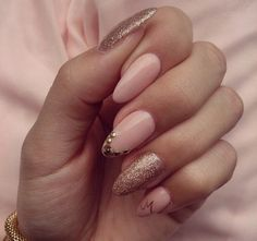 oval nails, gold