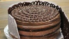 Как сделать украшение для торта из шоколада «Заборчик»