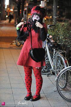 130211-2669 - Japanese street fashion in Harajuku, Tokyo