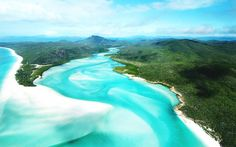 One of 74 islands in the heart of the Great Barrier Reef, the Whitsundays are without a doubt one of the most beautiful of them all, if not of the world.