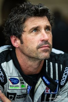 Men: Your hair doesn't always have to be perfectly placed. A little shaping mud and a pearl-drop size of GLOSS & TOSS will give you this great look by #PatrickDempsey at COTA. We recommend working wet and allowing hair to air dry. This technique is great for thick/coarse hair types that often seem unmanageable.