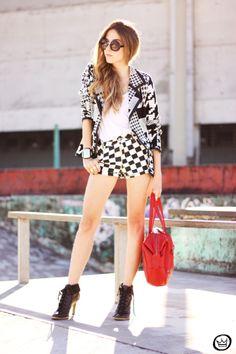 FashionCoolture, Designer Inspired Fashion Round Circle Womens Sunglasses 8772