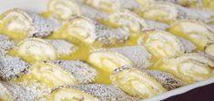 Ve srovnání s tradičními tvarohovými palačinkami jsou mnohem jemnější a… Healthy Dessert Recipes, Sweet Desserts, Sweet Recipes, Delicious Desserts, Cottage Cheese Pancakes, Czech Recipes, Bread And Pastries, Food Humor, Desert Recipes