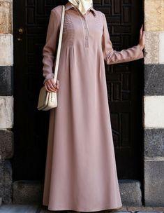 Tencel Amina Abaya- perfect and lightweight Islamic Dress from SHUKR Abaya Fashion, Modest Fashion, Fashion Dresses, Trendy Dresses, Simple Dresses, Casual Dresses, Ny Dress, Moslem Fashion, Classy Dress