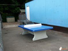 Pingpongtafel Afgerond Blauw bij Uphill Primary School in Weston-super-Mare