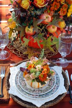 fall tablescape, table setting, place setting