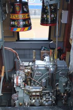 Beautifully polished Gardner 3LW in beautifully painted engine room.
