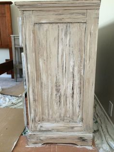 Best 25 Rustic Painted Furniture Ideas On Pinterest Stain How To Paint Furniture To Look Antique
