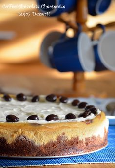 Coffe Cheesecake marmorat cu ciocolata Chocolate Swirl Cheesecake, Coffee Cheesecake, Chocolate Coffee, Cheesecakes, Deserts, Food And Drink, Ice Cream, Sweets, Candy