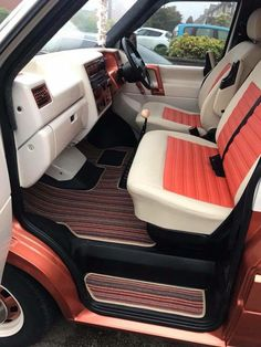 #VWTransporterInterior T4 Camper, Mini Camper, Custom Car Interior, Car Interior Design, Dodge Van, Chevy Van, Campervan Interior, Campervan Ideas, Isuzu Motors