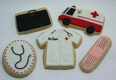 Jaclyn's Cookies: Making Your Cookie Cutters Work for You ... if only I had the patience to decorate cookies like this!