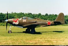 Bell Kingcobra in WWII Russian Air Force colors. Air Force Aircraft, Ww2 Aircraft, Aircraft Carrier, Ww2 Pictures, Aircraft Pictures, Russian Military Aircraft, Airplane Fighter, Russian Air Force, Ww2 Planes