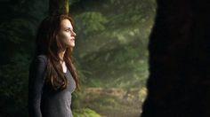 'The Twilight Saga: Breaking Dawn - Part film stills Twilight Saga Books, Twilight Edward, Twilight Movie, Twilight Wedding, Twilight Breaking Dawn, Breaking Dawn Part 2, Bella Cullen, Hot Vampires, Twilight Pictures