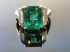 Platinum, emerald and diamond Art Deco ring