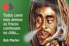Todos caem mas apenas os fracos continuam no chão... Bob Marley, Movie Posters, Little People, Inspire Quotes, Fish, Wisdom, Inspiration Quotes, Quotes Motivation, Thoughts