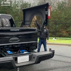 What's your thoughts about this truck ? Tag your friends. Custom Truck Beds, Custom Trucks, Chevy Trucks, Pickup Trucks, Cool Truck Accessories, Truck Accesories, Accessoires 4x4, Truck Storage, Bed Storage