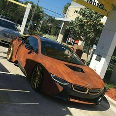 Rusted BMWi8
