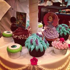 Monsters Inc cupcakes...first birthday party idea?
