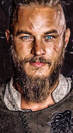 In the last episode of Vikings we see a bunch of sad events, trying not to spoil too much, but Alexander Ludwig, may have spilled a bit of hope for Bjorn! Travis Vikings, Vikings Tv, Viking Warrior Tattoos, Viking Wallpaper, Ragnar Lothbrok Vikings, Viking Character, The Last Kingdom, Travis Fimmel, Pop Culture