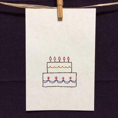 ポストカードに刺繍をしたメッセージカードサイズ:100×148mm(官製はがきと同サイズ)厚さ:150g/㎡(官製はがきより少し薄め。刺繍部分を除... ハンドメイド、手作り、手仕事品の通販・販売・購入ならCreema。