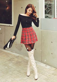 Ukrainian schoolgirls short skirts