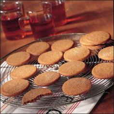 The best gingersnaps ever!!