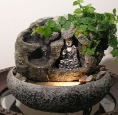 Tabletop Water Fountain, Garden Water Fountains, Diy Fountain, Fountain Design, Waterfall Fountain, Indoor Fountain, Water Garden, Indoor Water Features, Water Features In The Garden