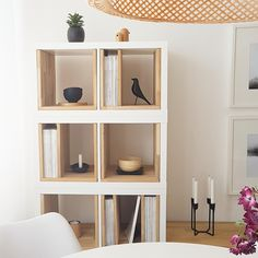 The IKEA Kallax line Storage furniture is a vital part of any home. Elegant and delightfully easy the ledge Kallax from Ikea , for example. Hacks Ikea, Diy Hacks, Hippie Home Decor, Diy Home Decor, Room Decor, Ikea Garden Furniture, Diy Furniture Couch, Furniture Movers, Furniture Storage