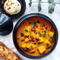 Saffranssoppa med sötpotatis, vitt vin och timjan – Tuvessonskan | Enkel vegetarisk mat