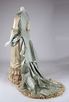 Dinner dress | Department Store: Lord & Taylor (American, founded 1826) | Date: 1877–83 Culture: American | Medium: silk, glass