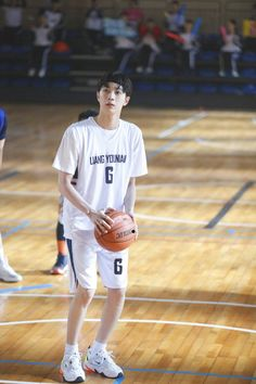 """""""Liang You Nian's behind photos during the basketball competition & miltary life! Handsome Anime Guys, Handsome Boys, Dark Art Illustrations, Korean Girl Photo, Guan Lin, Lai Guanlin, Rainbow Aesthetic, K Idol, Ulzzang Boy"""