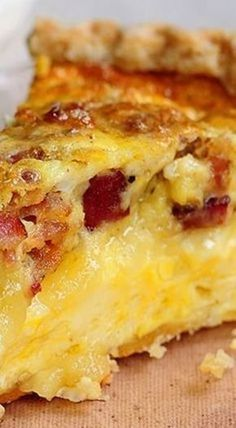 Brie and Bacon Quiche! - made it crustless and used gouda instead of swiss. The brie made it very creamy. Quiche Recipes, Brunch Recipes, Gourmet Recipes, Cooking Recipes, Brie Cheese Recipes, Kraft Recipes, Best Bacon Quiche Recipe, Burger Recipes, Egg Recipes