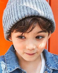 My lovely baby boy ? Stylish Little Girls, Cute Little Boys, Cute Kids, Cute Asian Babies, Korean Babies, Cute Babies, Baby Boy Hairstyles, Toddler Boy Haircuts, Kids Boys