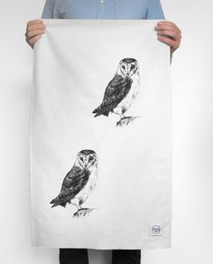 Bring a little piece of British wildlife into your home with this unique, hand drawn and printed, Barn Owl tea towel.  It's time to enjoy drying the dishes with this woodland-inspired tea towel. Featuring delicate hand printed owls on absorbent natural British cotton, this product is sure to add some country charm to your kitchen.  Free gift wrapping offered using traditional brown parcel paper neatly decorated with natural twine.    Continue reading →