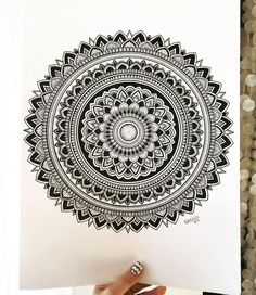 tattoo - mandala - art - design - line - henna - hand - back - sketch - doodle - girl - tat - tats - ink - inked - buddha - spirit - rose - symetric - etnic - inspired - design - sketch Mandala Art Lesson, Mandala Doodle, Mandala Artwork, Mandala Tattoo, Doodle Art Drawing, Mandalas Drawing, Mandela Art, African Art Paintings, Shiva Art