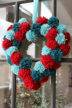 pom pom heart wreath, crafts, seasonal holiday decor, valentines day ideas, wreaths