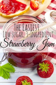 Do you love Homemade Organic Strawberry Jam? This is the easiest way to make fresh, organic Strawberry Jam. This recipe is for a single batch of Strawberry Jam that can me made in 15 minutes. It only uses and is pectin-free. Best of all, thi Sugar Free Strawberry Jam, Homemade Strawberry Jam, Homemade Jelly, Strawberry Recipes, Strawberry Jam Recipe Without Pectin, Strawberry Freezer Jam, Strawberry Breakfast, Strawberry Jelly, Jelly Recipes
